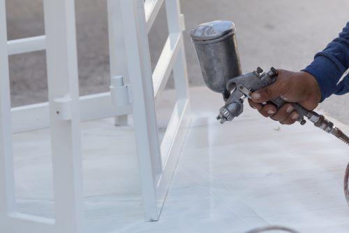 Spray gun using specialty chemicals